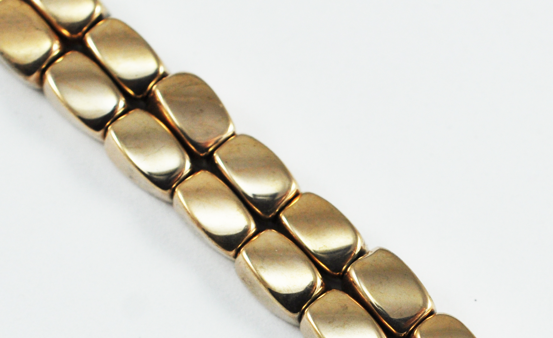 Triple Power Magnetic Bead 4x7m Rose Gold Twist (PM-509-RG)